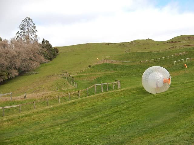 zorbing - things to do in manali